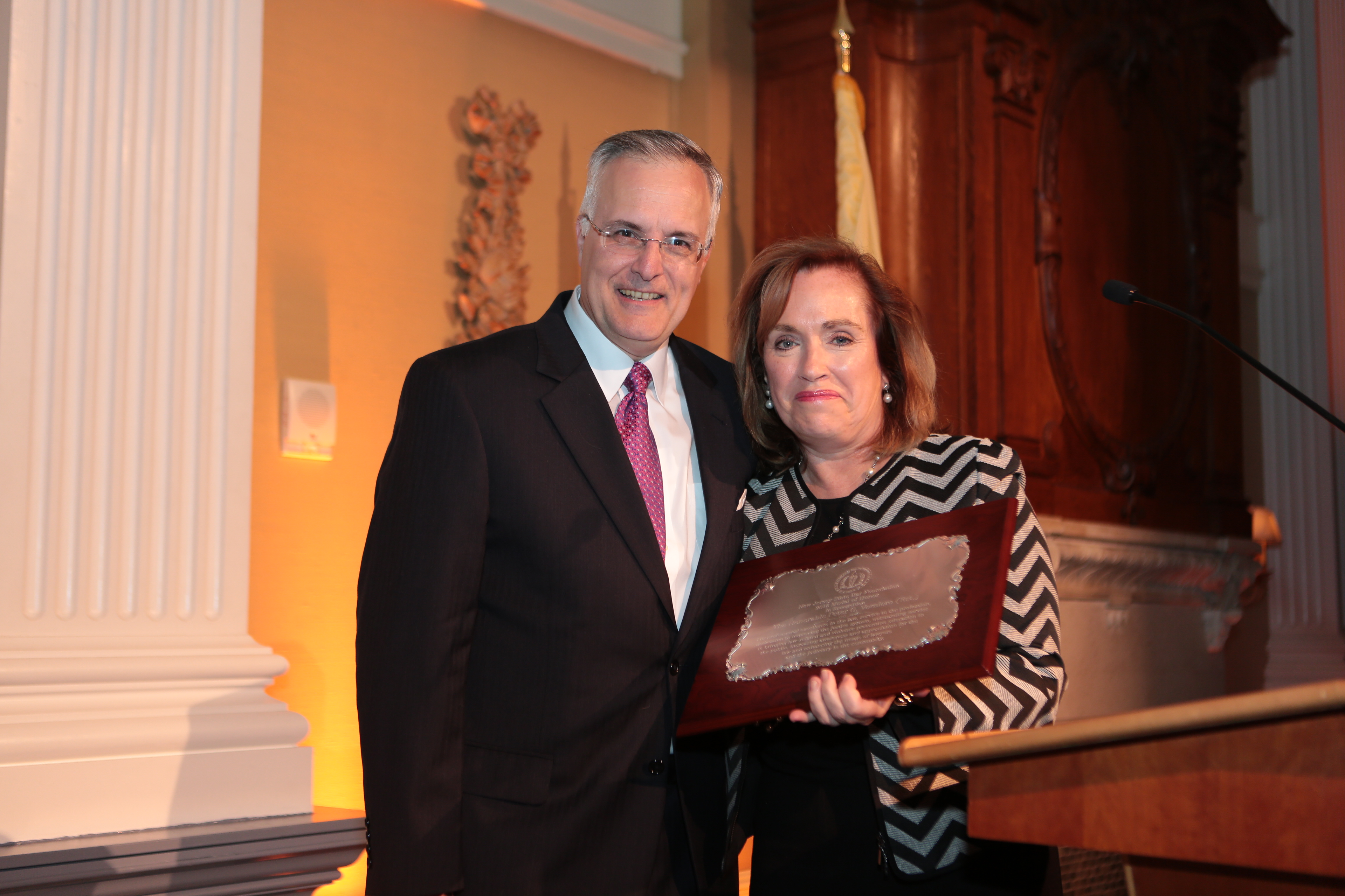Lynn-Verneiro w:award